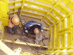 Разборная опалубка используется для установки проколочной машины или монтажа колец в нестабильных грунтах.
